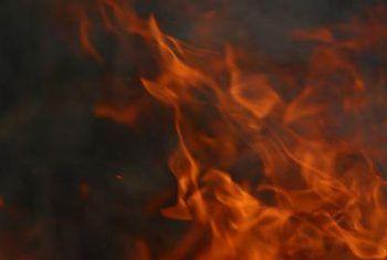 Watter dinge kan jy doen om jou huis veilig te maak van vuur?